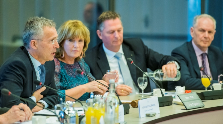 Stoltenberg meets Members of Parliament