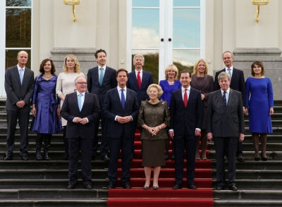 Photo with the Queen and the Cabinet Rutte 2.
