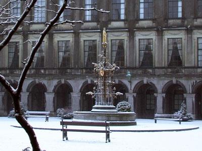 Photo from the Binnenhof in winter.
