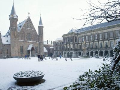 Photo from the Binnenhof buildings in winter.