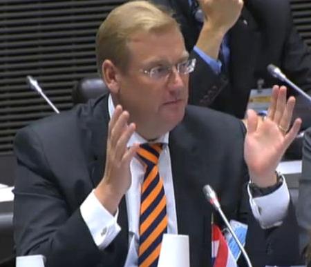 MP Ard van der Steur in Paris